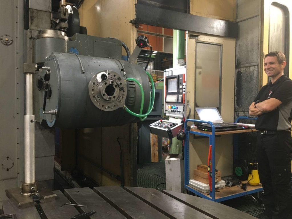 Géométrie sur machine d'usinage de moteurs d'avion